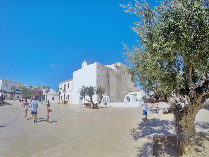 Plaza Sant Francesc Formentera