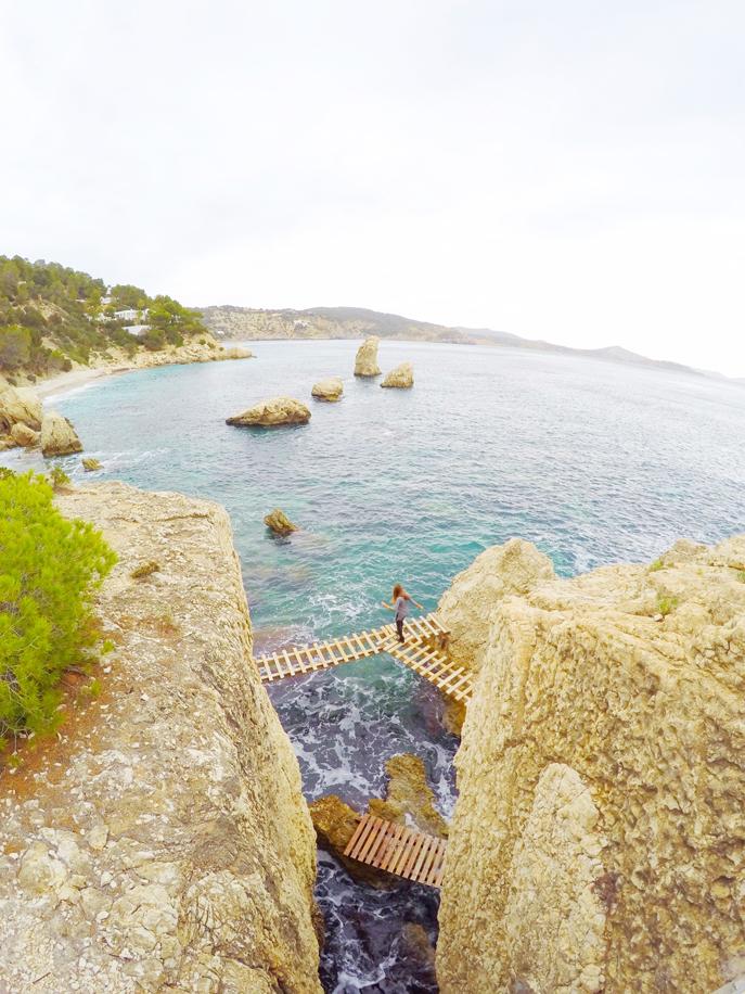 Es Niu de S'aguila Pasarela madera Ibiza by Ibizaplus 2